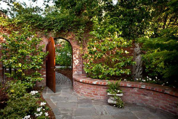 Brick Wall Garden Designs, Decorating Ideas, | Design ... on Garden Patio Wall Ideas id=19098