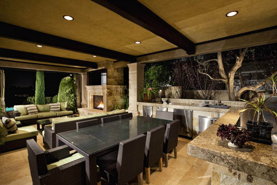 26+ Outdoor Dining Room Designs, Decorating Ideas   Design ... on Living Spaces Outdoor Dining id=17692