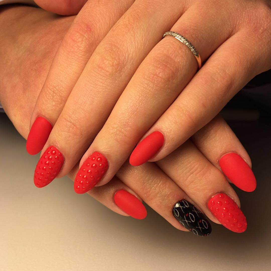 Cly Look Red And Black Nail Design
