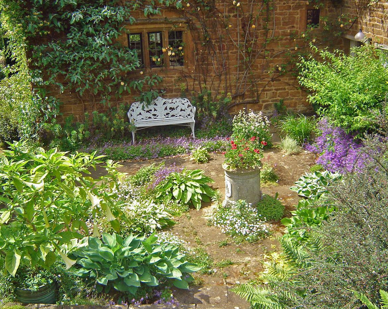 25+ Cottage Garden Designs, Decorating Ideas, | Design ... on Cottage Patio Ideas id=27754