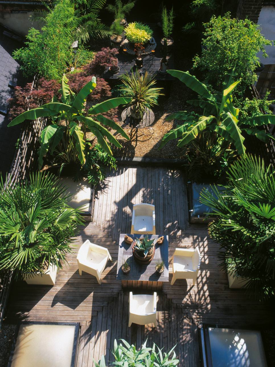 24+ Tropical Garden Designs, Decorating Ideas | Design ... on Tropical Small Backyard Ideas id=81211