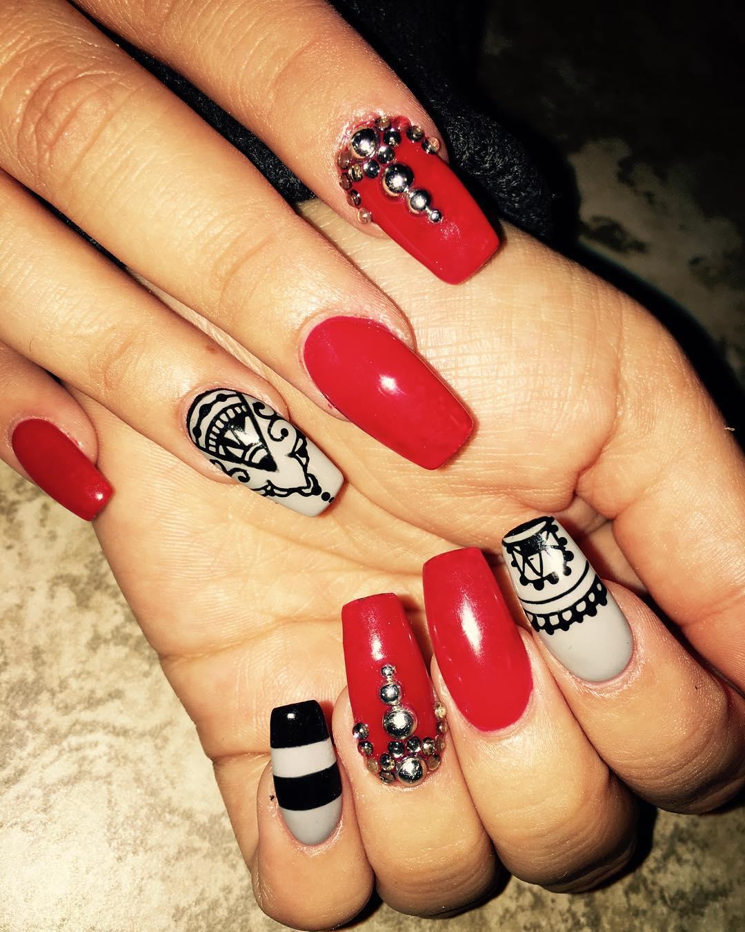 Attractive Nail Design Idea