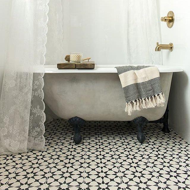 23+ Bathroom Tiles Designs | Bathroom Designs | Design ... on Floral Tile Bathroom Ideas  id=93390