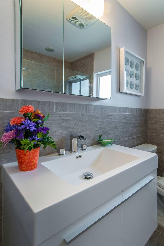 23+ Grey Bathroom Designs | Bathroom Designs | Design ...