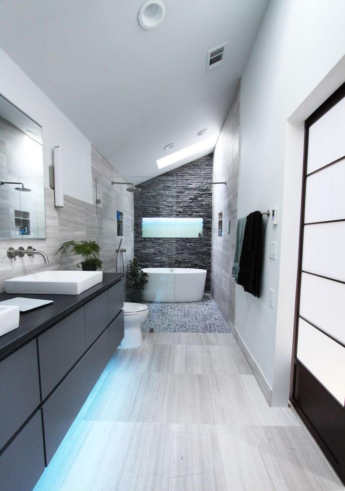 25+ Eclectic Bathroom Ideas and Designs   Design Trends ... on Small:j8V-Fokdwly= Bathroom Renovation Ideas  id=97813
