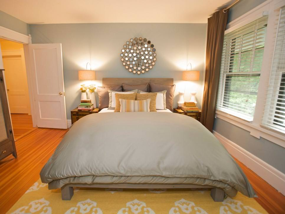 25+ Wall Decor Bedroom Designs, Decorating Ideas   Design ... on Pictures Room Decor  id=24116