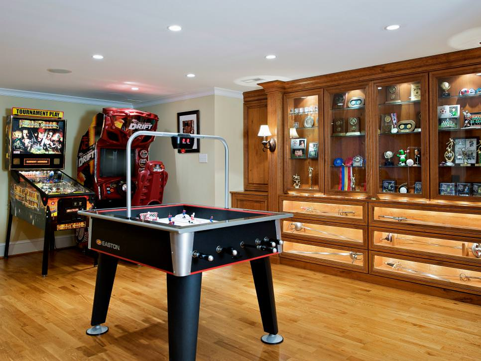 It's computerized to eliminate hu. 23+ Game Room Designs, Decorating Ideas | Design Trends ...