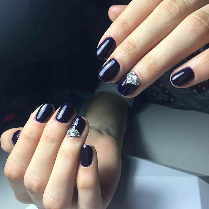 Glamorous Looking Blue French Tip Nail Art Design Clear Base Coat Is With Dark