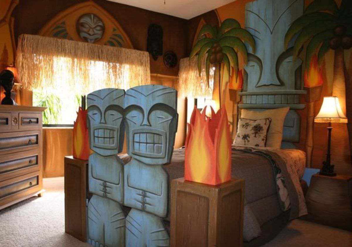 Each of the rooms would have an interior door that connects them to the shared bathroom. 24+ Disney Themed Bedroom Designs, Decorating Ideas