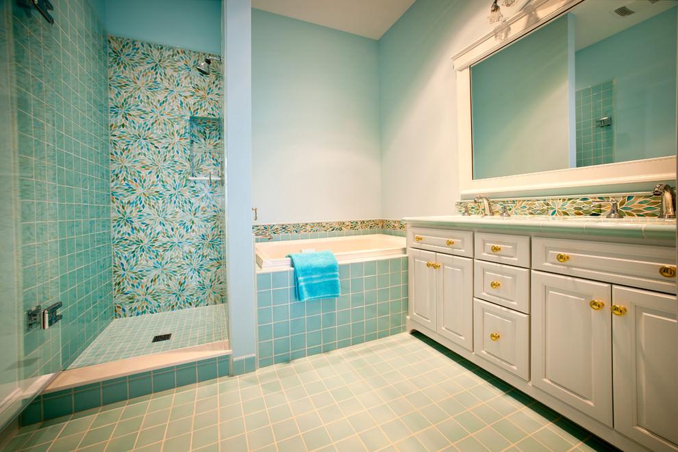 22+ Floral Bathroom Designs, Decorating Ideas | Design ... on Floral Tile Bathroom Ideas  id=79533