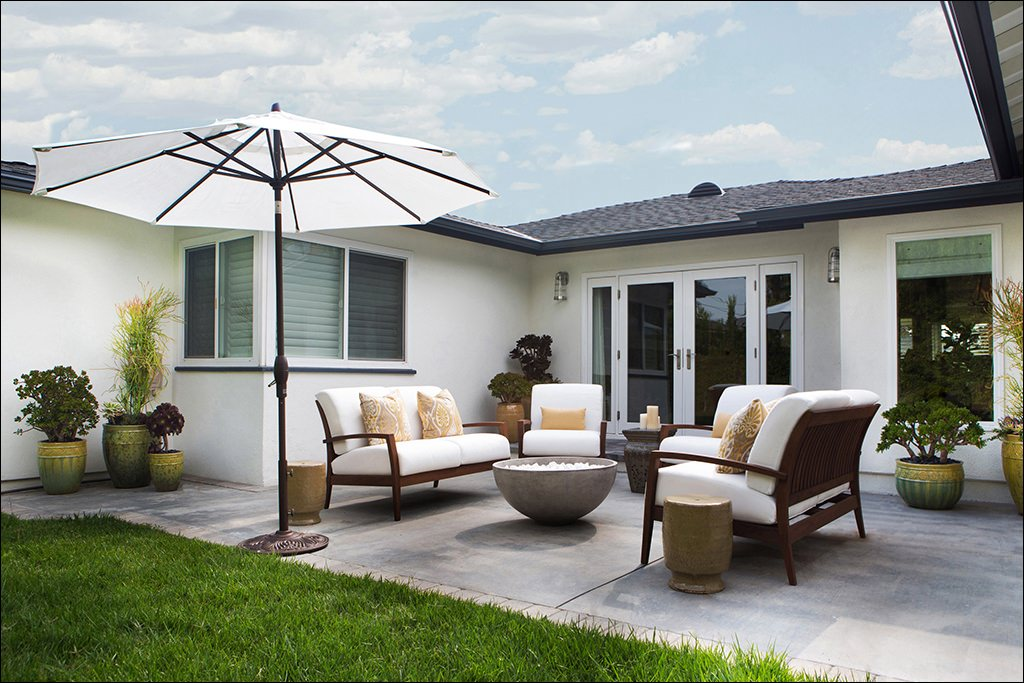 24+ Transitional Patio Designs, Decorating Ideas | Design ... on Backyard Patio Layout id=95311