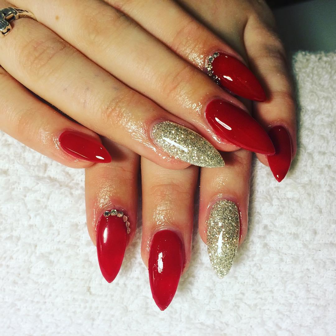 Fabulous Nail Art Design For Almond Nails