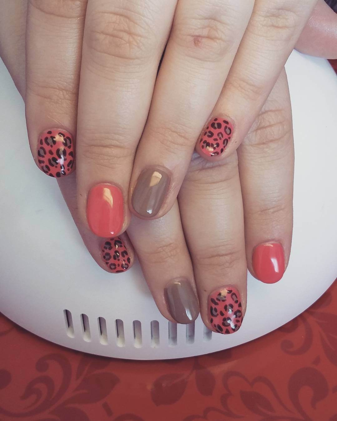Cly Leopard Nail Designs 1