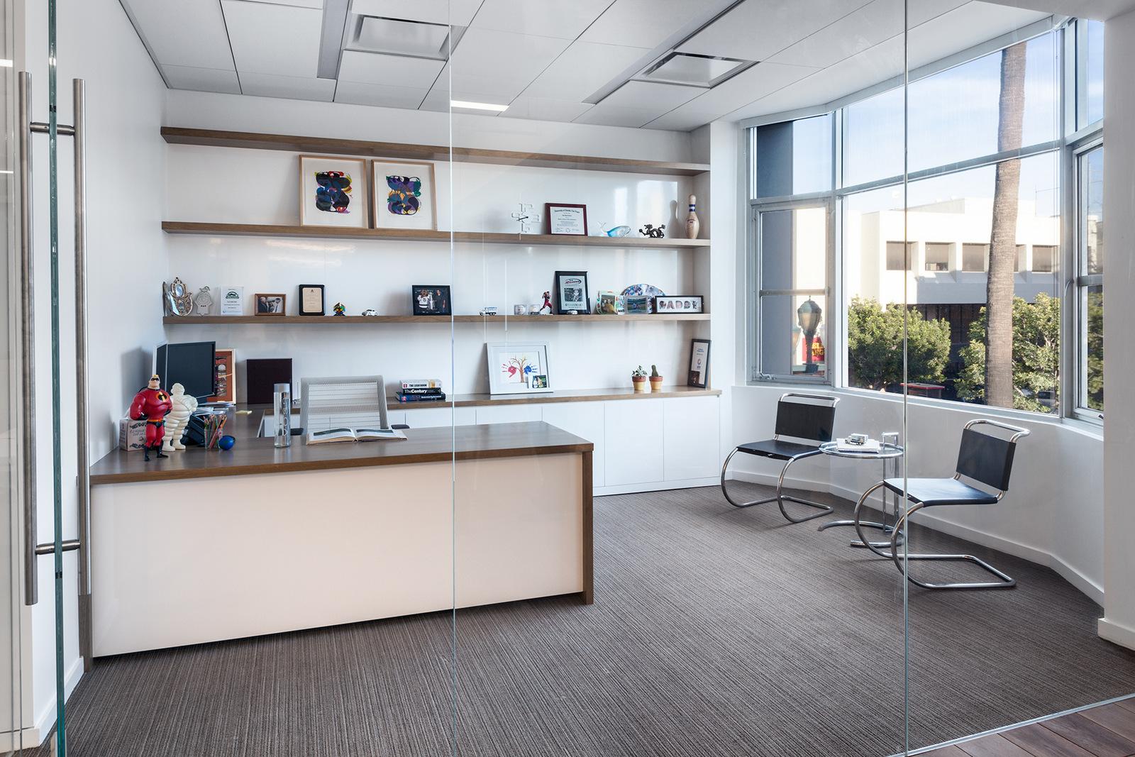 Office Decor Design