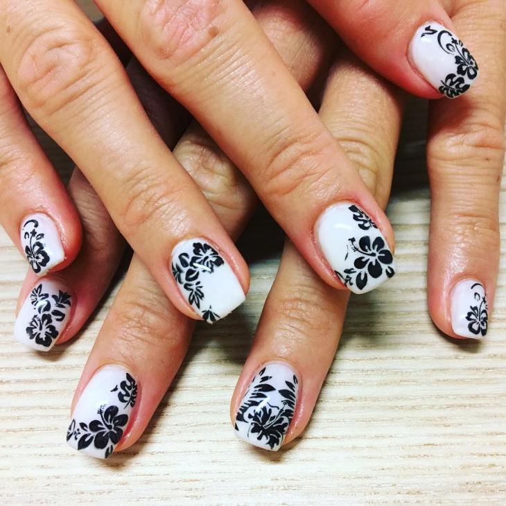 Black And White Flower Nail Design