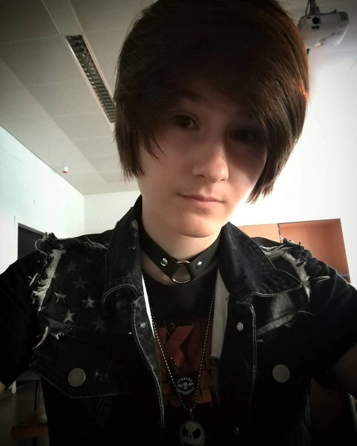14 Emo Hairstyles For Guys Ideas Designs Haircut