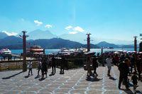 Suasana ramai wisatawan di Sunmoon Lake (Wahyu/detikTravel)