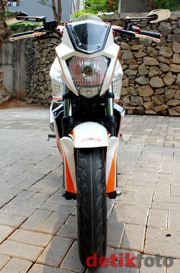 Yamaha Byson Street Fighter