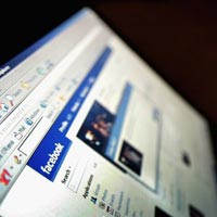 Kenalan di Facebook, Mahasiswi Dihamili Polisi Gadungan