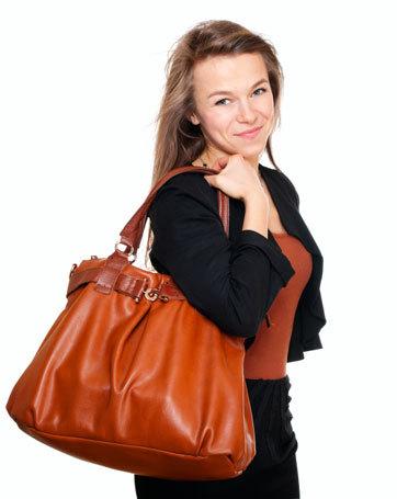Isi Tas Wanita Setiap Hari Beratnya 4 Kg