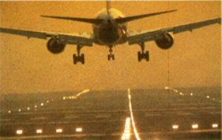 https://i1.wp.com/images.detik.com/content/2013/12/16/1036/141617_pesawat.jpg