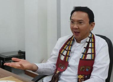 Basuki T Purnama atau Ahok yang kini menjabat Wagub otomatis akan naik menjadi Gubernur DKI Jakarta