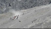 Jenazah Eri Diestafet dari Kawah Merapi, Begini Penampakannya