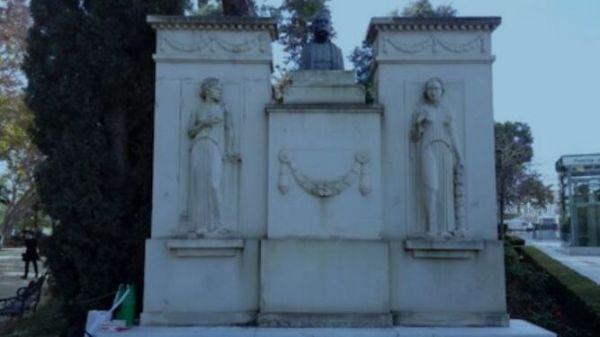 Monumento a Castelar