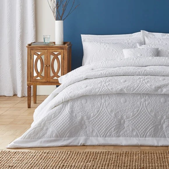 bedspreads bed throws bed runners