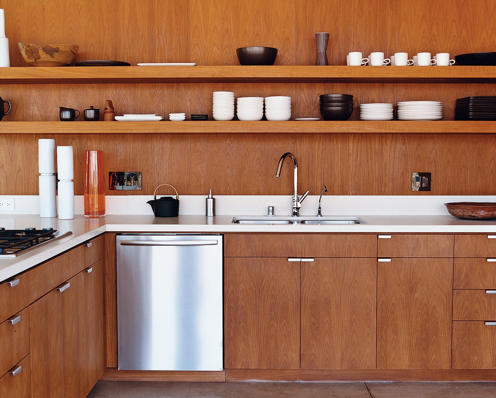 how much should you spend on a kitchen