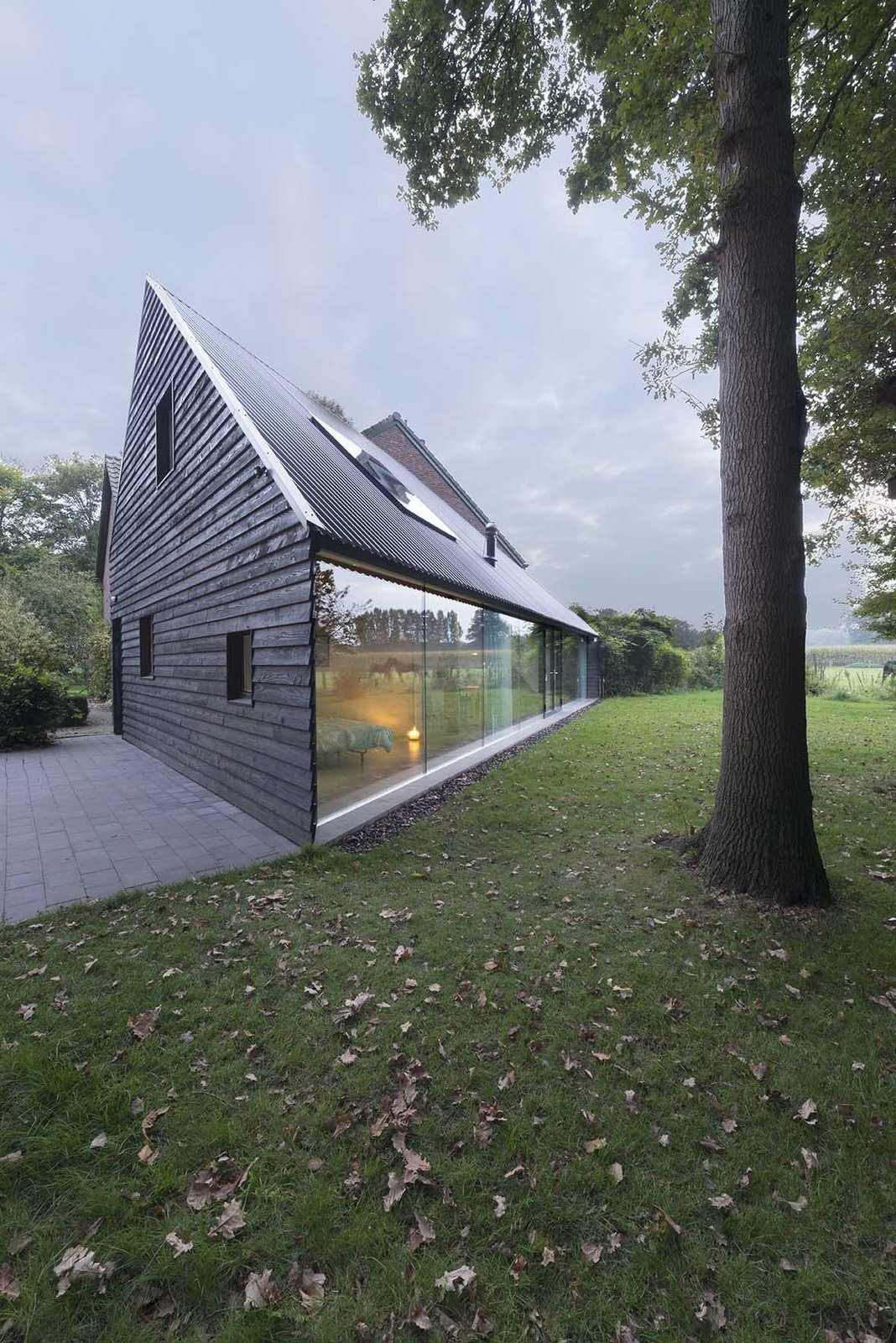 Triangular House Modern Home In Almen Gelderland