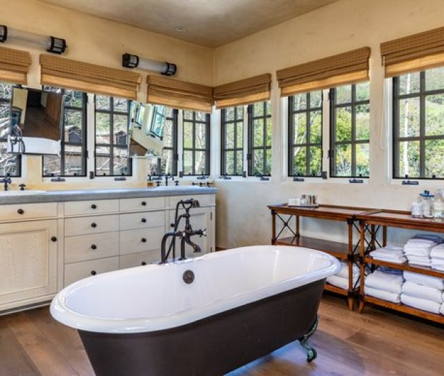 A Look At One Of The Five Bathrooms
