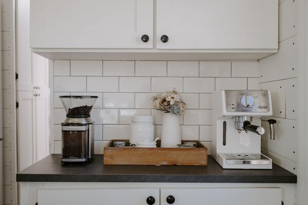 modern kitchen white cabinets subway