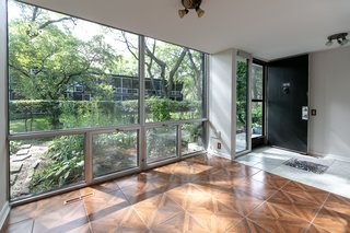 Snag This Mies Van Der Rohe Townhouse In Detroit For 325k Dwell