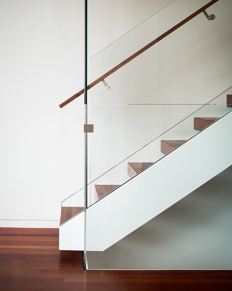 Photo 2 Of 14 In Sf House Tech Art Play By Building Lab Dwell | Floating Stairs With Glass Railing | Wall | Commercial | Glass Staircase | Thin Glass | Modern