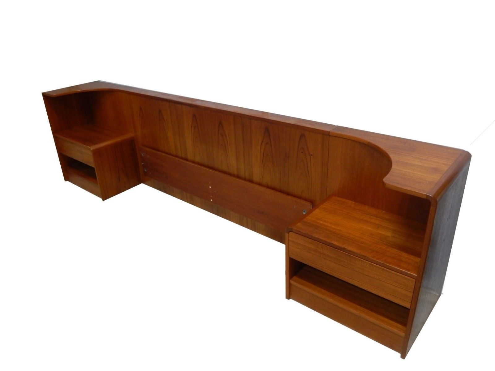 Photo 9 Of 10 In 10 Midcentury Modern Headboards To Elevate Your Bedroom Dwell