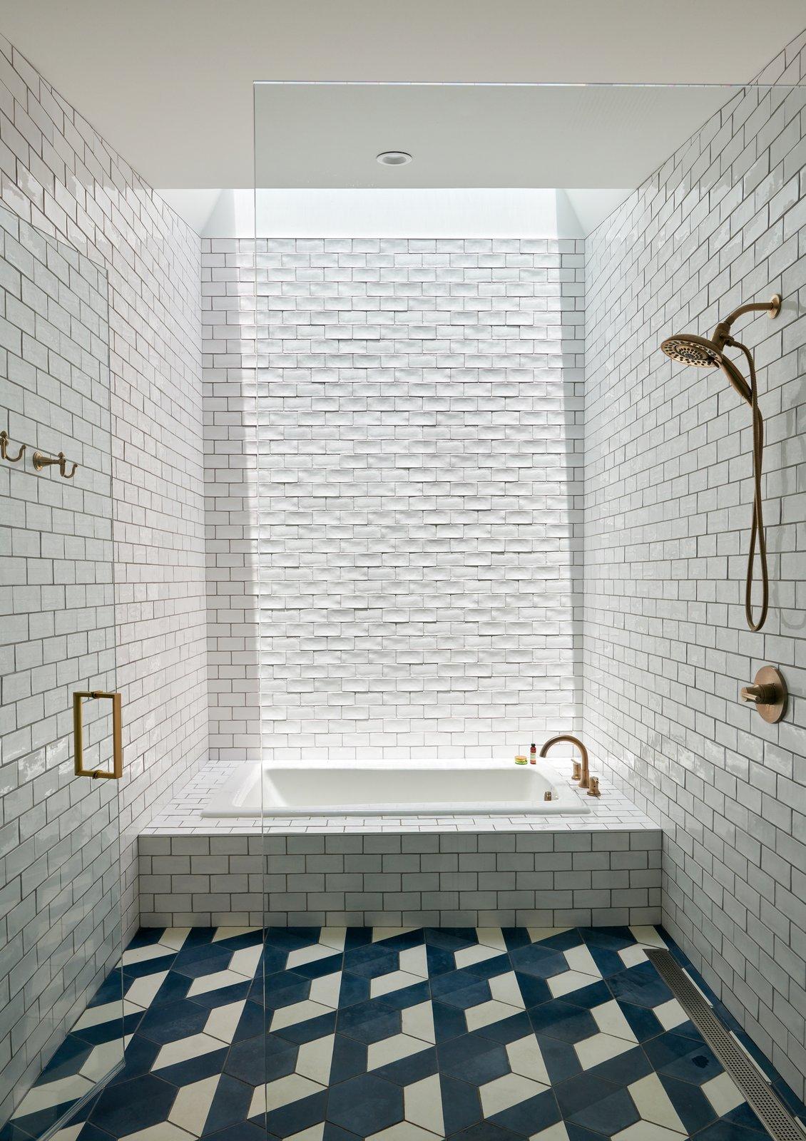 bath subway tile ceramic tile