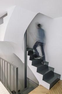 Best 60 Modern Staircase Metal Railing Design Photos And Ideas | Best Railing Design For Stairs | Balusters | Modern Stair | Cable Railing | Staircase Remodel | Glass Railing