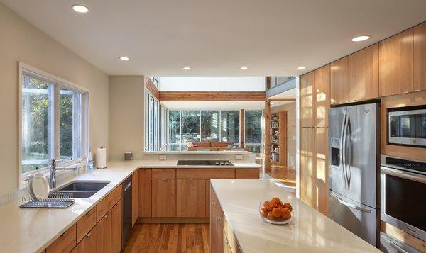 Best 60+ Modern Kitchen Medium Hardwood Floors Wood ... on Natural Maple Cabinets With Quartz Countertops  id=60791
