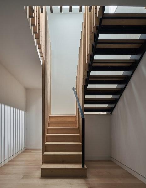 Best 57 Modern Staircase Metal Railing Wood Tread Wood Railing | Metal Stairs With Wood Treads | Straight Steel | Single Steel Stringer | I Beam | Metal Railing | Timber
