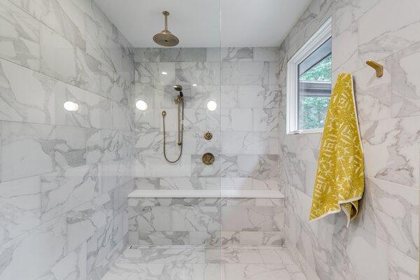 modern bathroom porcelain tile walls