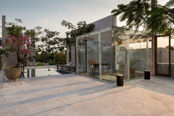 Best 43 Modern Outdoor Rooftop Concrete Patio Porch Deck Design Dwell