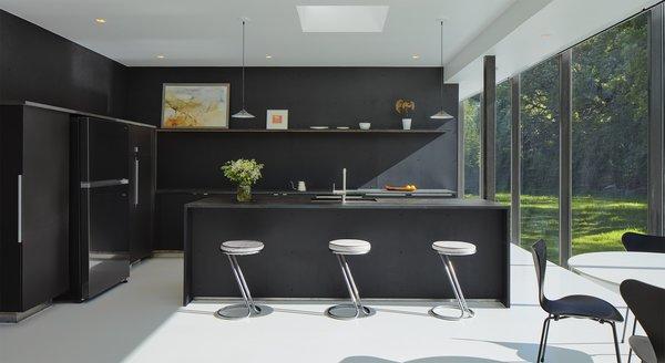 5 Homes With Sleek Black Kitchens Dwell