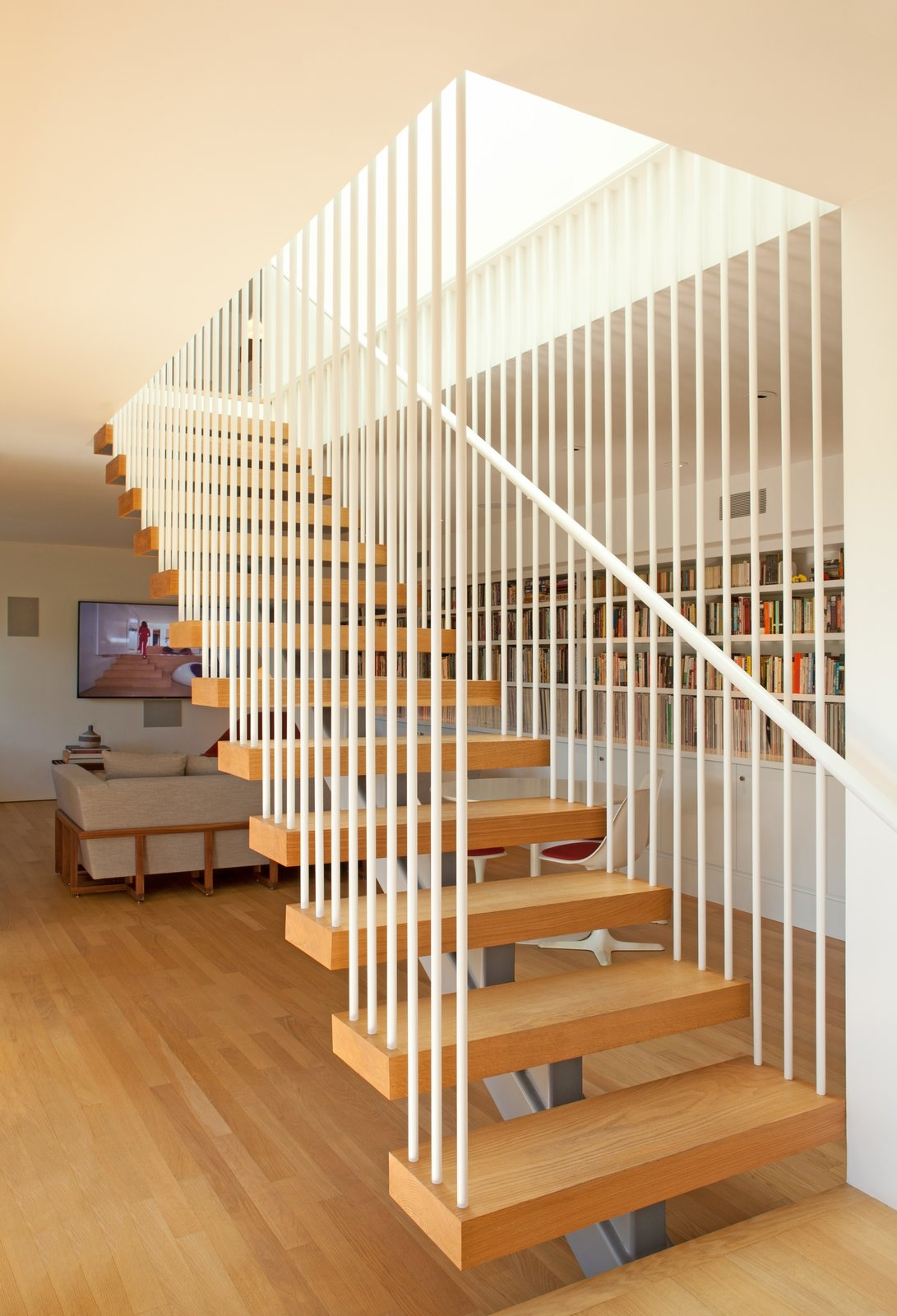 Photo 8 Of 13 In Los Feliz Residence By Dutton Architects Dwell | White Oak Stair Risers | Spindles | Paint | Stair Railing | Stairs Treads | Carpet