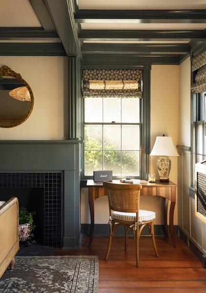 Best 60 Modern Bedroom Dark Hardwood Floors Design Photos And Ideas Dwell