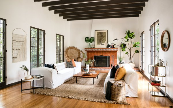 Own This Spacious Spanish Revival Home In L A For 2 95m Dwell