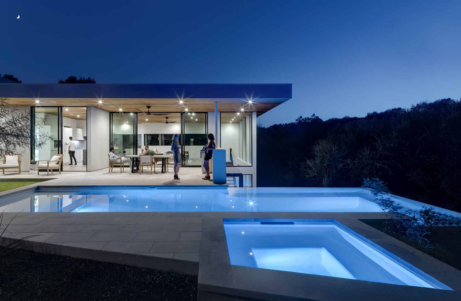 Glass Takes Center Stage In These 10 See-Through Homes