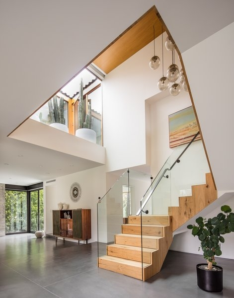 Best 60 Modern Staircase Glass Railing Design Photos And Ideas | Steps Railing Designs With Glass | Terrace Staircase | Tempered Glass | Indoor | Crystal | Small Space