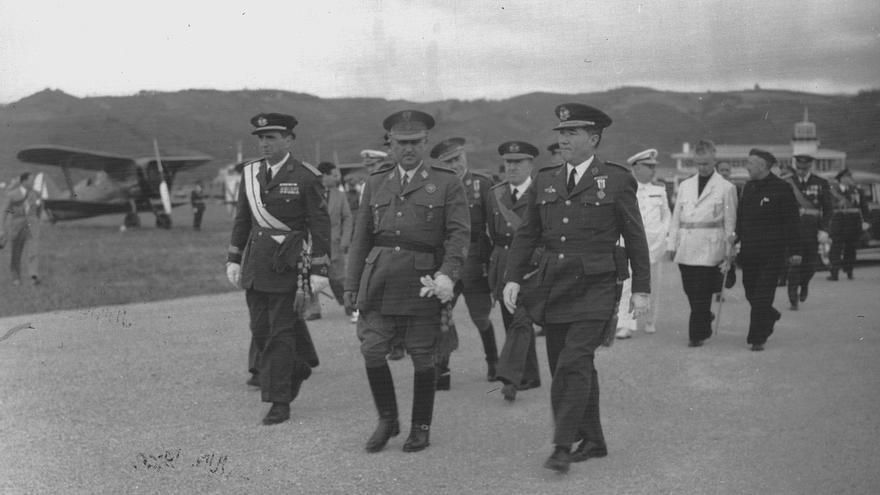 Inauguración aeropuerto de Bilbao. / Foto: Servicio Histórico y Cultural del Ejército del Aire