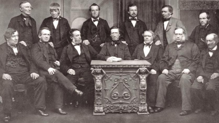 Pioneros de ROchdale en 1965 / Foto Archivo del Rochdale Pioneers Museum